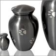 8273D_Pawprint-urn