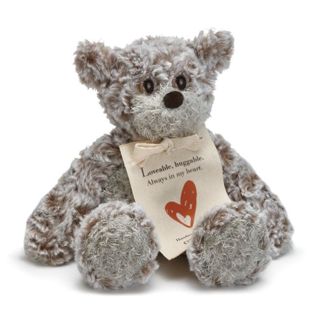 mini giving bear love