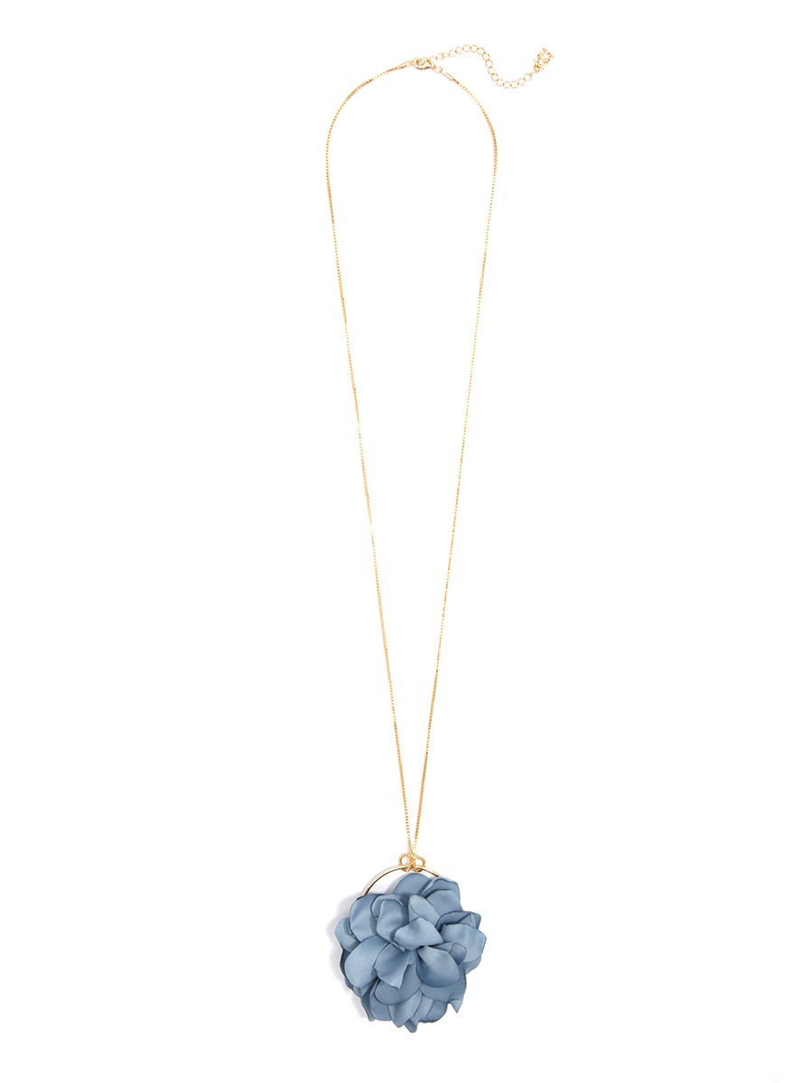 flower necklace blue